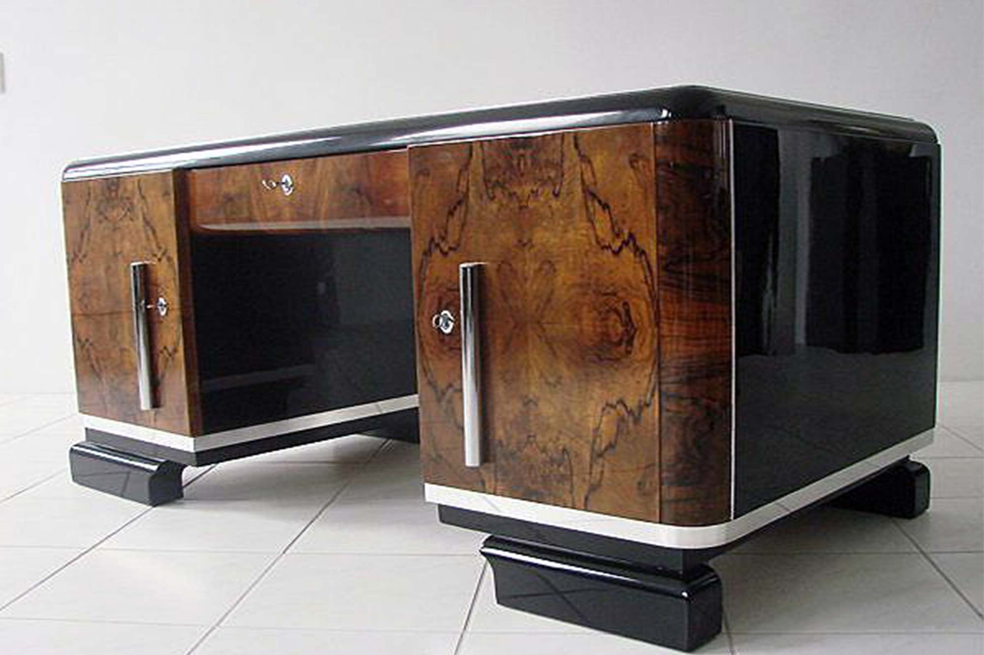 art deco schreibtisch panthers woods. Black Bedroom Furniture Sets. Home Design Ideas